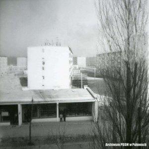 Widok na fragment pawilonu w którym znajduje się zakład tapicerski, ul. Polna, 14 grudnia 1968 r.